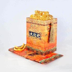 """""""Дракон с кистями"""" Подарочный набор с китайским зеленым (белым) байховым крупнолистовым чаем"""