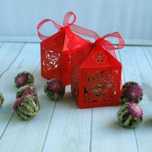 Юйлунтао Чай зеленый связанный с хризантемой в красной коробочке