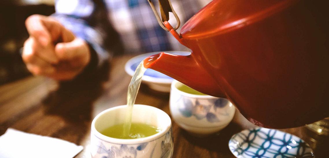 Зеленый чай продлевает жизнь и снижает вероятность возникновения сердечно-сосудистых заболеваний. Новые данные.