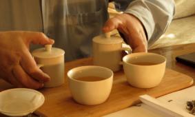 Сравниваем белый и зеленый чай. Профессиональная дегустация чая.