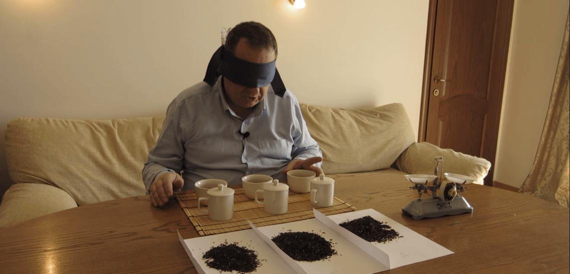 Слепая дегустация черного чая. Титестер с 25-летним стажем.